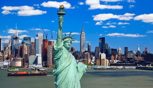 Вид на Статую Свободы и Манхэттен