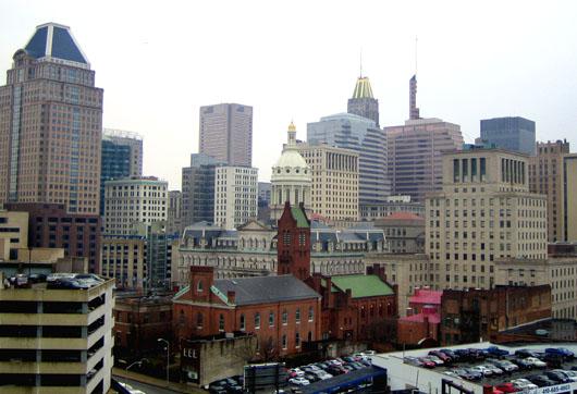 Вид на центр города и Сити Холл