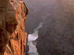 вид на ущелье в Большом Каньоне