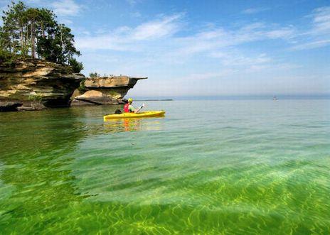 воды озера Гурон
